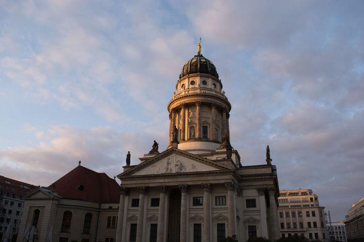 Berlin Church Light Building Exterior Evening Light And Shadow Lighting Monument