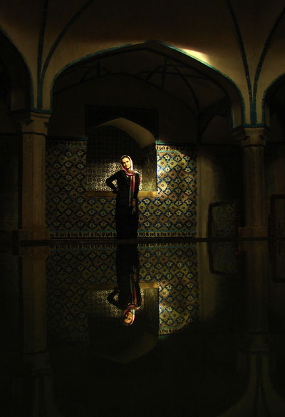 Hamam-e Ganj Ali Khan, is a traditional bathhouse Built in 1631. An woman posing for a photo-shoot Ancient Architecture Architecture Bathhouse Hijab Lifestyles Posing For The Camera Traditional Well-dressed Woman Finding New Frontiers The Portraitist - 2018 EyeEm Awards The Great Outdoors - 2018 EyeEm Awards 10