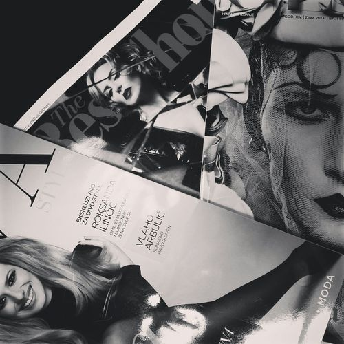 Relaxing Reading Boring At Home Fashion Fashion Photography Lifestyle Eazy Chillin Happily Buzzed Yo-yo Grazia