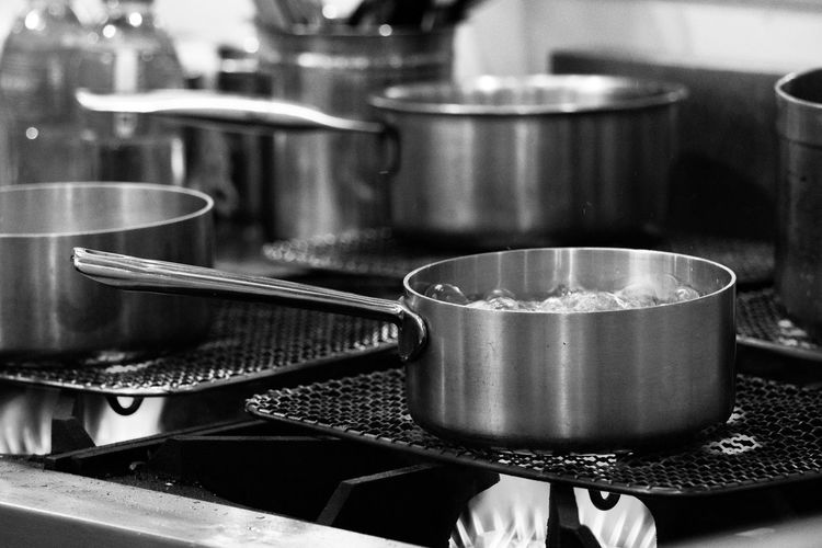 Chef cooking food, Preparation of soup in silver pan on gas, Kitchenware cooking Cooking Steel White Stainless Kitchenware Stove Utensils Black Pots Background Pot Kitchen Pan Food Object Shiny Metal Cook  Utensil Closeup Clean Equipment Hot Table Silver  Preparation  Saucepan Cookware Set Empty Meal Cover Tool Domestic Iron Dinner Restaurant Commercial Handle Aluminum New Pans Culinary Modern Interior Grey Classic Water Light