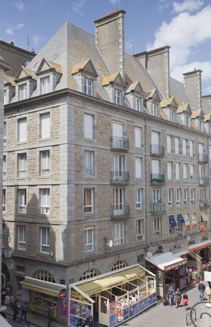 High angle view of Rue Jaques Cartier with restaurants in Saint-Malo, France Ancient Ancient Architecture Architecture Building Building Exterior Cafe City Cityscape Crêperie Façade France Gastronomy High Angle View Intramuros Pavement People Pub Residential Building Residential Structure Restaurant Saint-Malo Street Tourism Tourist TOWNSCAPE