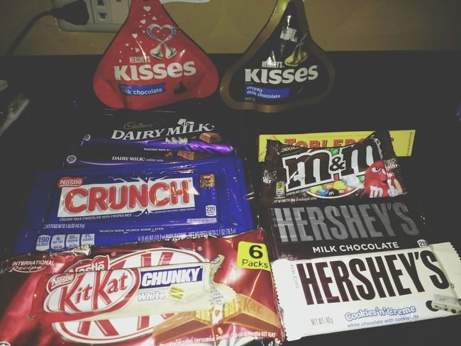 Chocolates..... 🍫🍫🍫🍫🍫🍫🍫 Chocolate Candy Candycrush Hersheyskisses Kitkat Delicious CadburyDairymilk Yummy! Happy Time Happyday