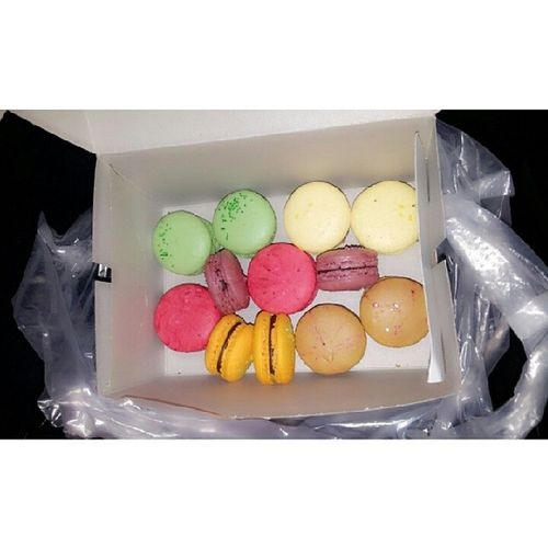 Finally the macaroons from @thumbscafe by dato dr fazley. Sukesucre