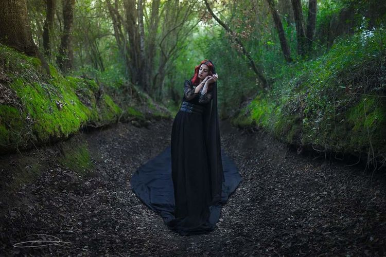 Black lady... Nature Forest Green Color Women Fine Art Photography Portrait Sony SONY A7ii Sigma 35mm Art Red Hair Model Conceptual Conceptual Photography  Full Frame Photography First Eyeem Photo