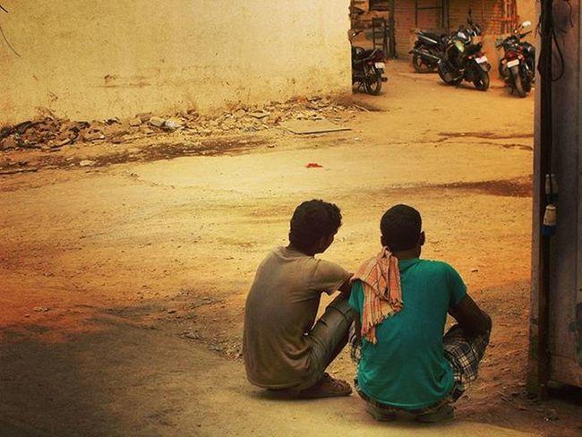 Tire...😓 Picoftheday Mumbai Shivadi Mumbaiman Anytime Everywhere Cellphoneclicks Latepost Typography Pepole Tire Side Nikoncoolpixl29 Cheapcamerachallenge Loveit Instagood Dailypost Instafit Ty Nikon