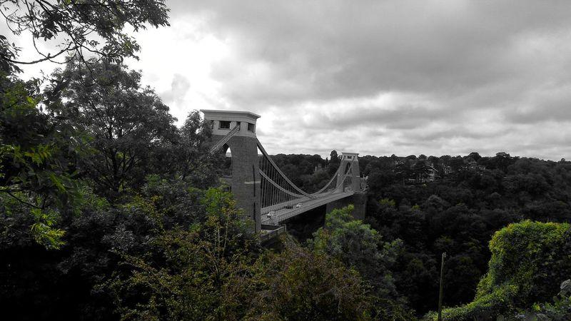 Ponte Immenso Altissimo Huge Supertall Grigio Grey Londonweather Tempo Di Londra Bristol Cartolina Card Freddo Cold Vista Panorama