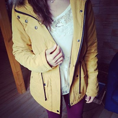 Manteau New Coat Parka winter jaune harvestgold yellow commande good arrival afternoon selfie happy exciting perfect shops day girl french love instashooping instamoment ??