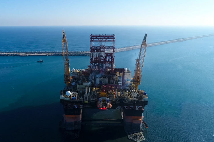 Sea Water Industry Fuel And Power Generation Offshore Platform Nature Drilling Rig Oil Industry Sky No People Fossil Fuel Day Transportation Business Outdoors Scenics - Nature Oil Nautical Vessel Natural Gas