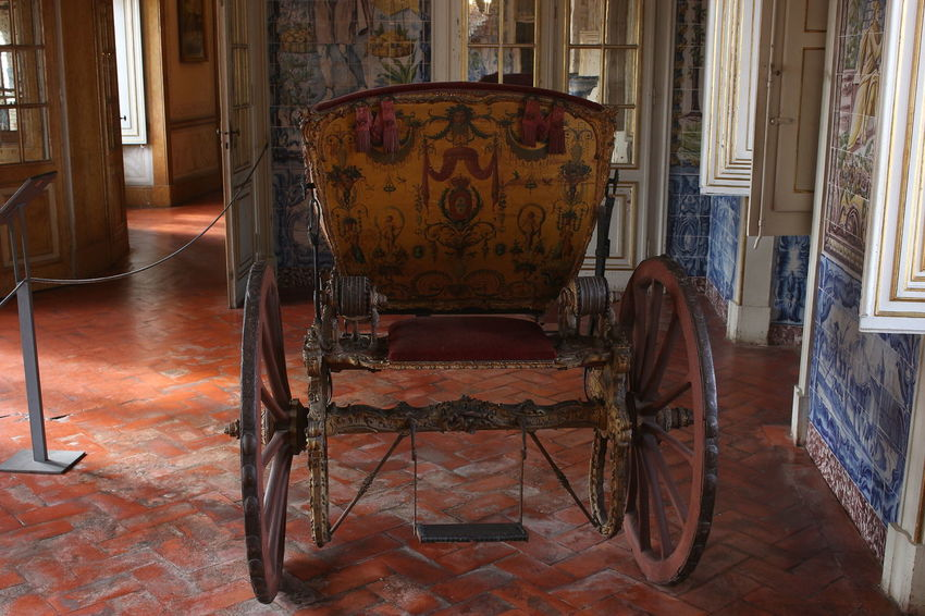 No People Coche Carriage Travel Travel Destinations Tourism History Art Palácio De Queluz Portugal Indoors  Architecture Cultures