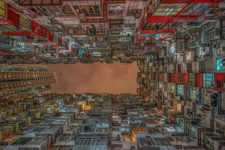 Long exposure shot towards the sky in Quarry Bay area, Hong Kong Architecture Buildings & Sky Chilling Color Hong Kong Human Settlement Long Exposure Lookup Quarry Bay Symmetry Towards The Sky