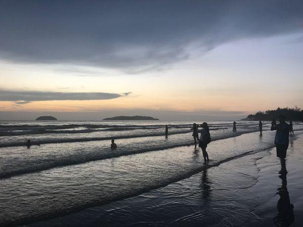 Kota Kinabalu Tanjung Aru Beach Sunset