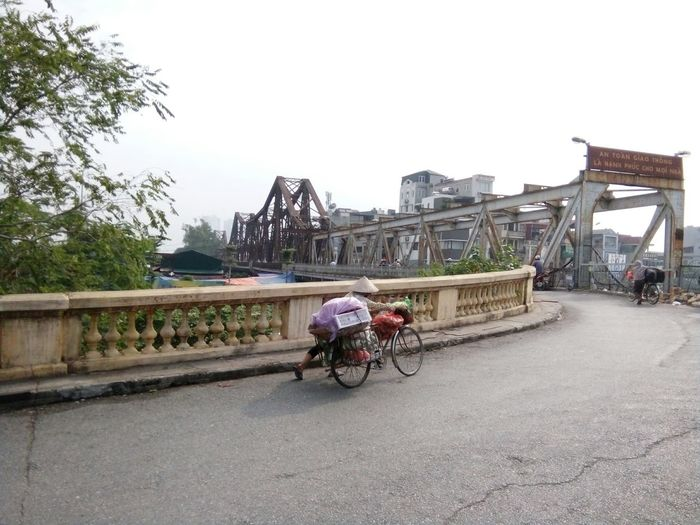 Long Bien Bridge Beautiful Structures French Vietnam Hanoi Long Bien Bridge