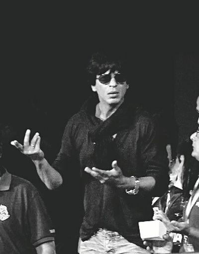 Srk))) best artist Srk Fan Bollywood KingKhan Sakal Surt