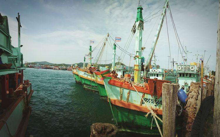 """fisherman"" Thailand Fisherman Sea Vintage Style Vintage Photo สะมะภพอินฟรุ้งฟริ้ง Venture"