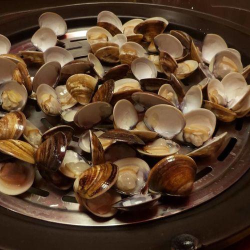 大吃蛤蜊 Seafoods 蛤蜊 蒸 蒸氣鍋 吃 中壢 Close-up Food And Drink Sweet Food