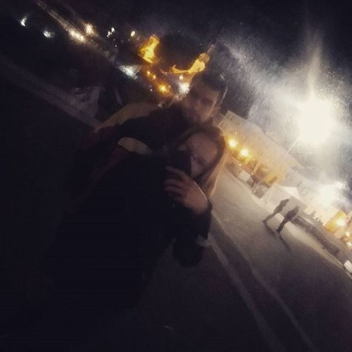 Egoja kitajarja a fel varost 👴👵 Mylove Győr Night Danubegatesquare Love Couple Since Mik Egyeveazenyem Dunakaputer Gyoriekvagyunk
