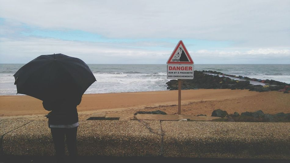 Sea Cloud - Sky Beach Protection Sky Men Adult Horizon Over Water One Person Sand Outdoors People Adults Only Day Nature Holiday POV 2016 Picture Repost RainyDay Rainy Days☔ Pays Basque France 🇫🇷