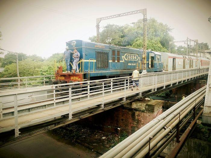 Indian Railways Diesel Locomotive Diesel Engine Rainy Rails Monsoon Trip Sealdah West Bengal Kolkata