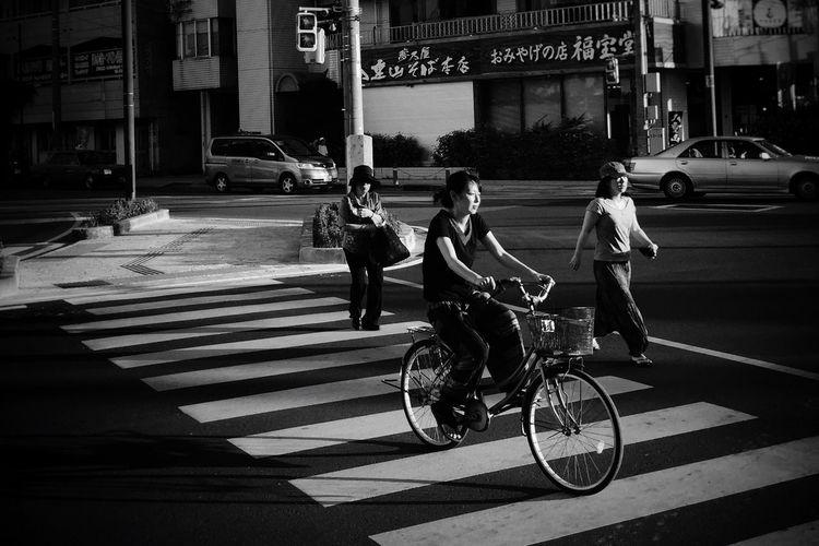 Streetphotography Streetphotography_bw Street Life Streetphoto_bw Blackandwhite Monochrome IPhoneography NEM Street City Street