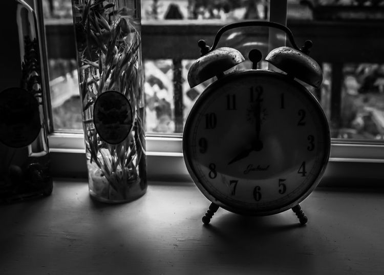 Diamond Mafia Photography Lake Shastina C.a Clock Face Time Clock Close-up Indoors  No People Monochrome Photography Blackandwhite Photography