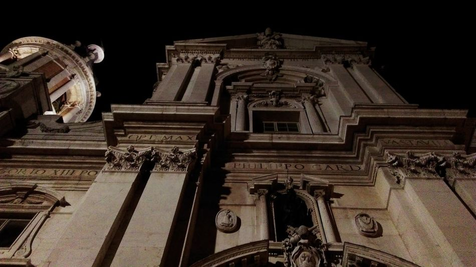 Architecture Built Structure Low Angle View Building Exterior Religion History Travel Destinations Sculpture Reflection My Point Of View Nofilter Beautiful Light And Shadow Scenics Tranquility Loreto Loreto Marche Basilic Basilica