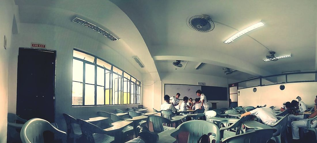 Wanna say goodbye to this classroom.. 😃😀😶😵 ThankyouGod Satisfaction,for All The Hardships Bound All The Moment Of Your Life, 😑