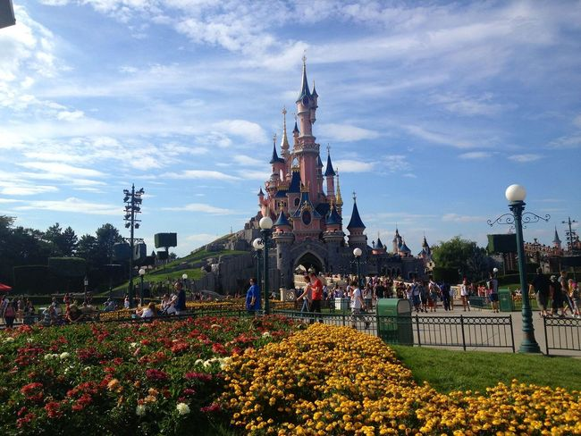 Disneyland, Paris Flower Cloud - Sky Outdoors No People Day Architecture Travel Destinations People Built Structure Beauty In Nature Tree