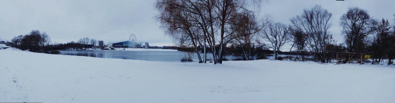 Какое приятное утро начинается с первым снегом. С тихой без ветреной погоды. Как хорошо просто остановится и прислушаться к тишине пляж дороги торговыйцентр