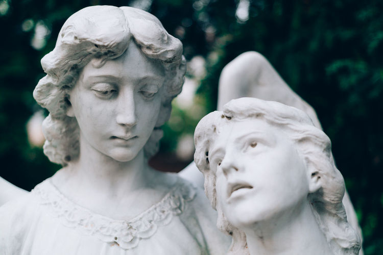 Adult Angel Statue Beauty Berlinstagram Close-up Crown Day Engel Statuen Friedhof Human Body Part Mother Outdoors People Queen - Royal Person Statue Women