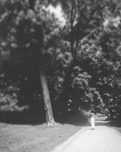 Traveling Home For The Holidays Blackandwhite IPhoneography Park Warsaw Ladyinwhite Vintage Photo IPhone Iphonography