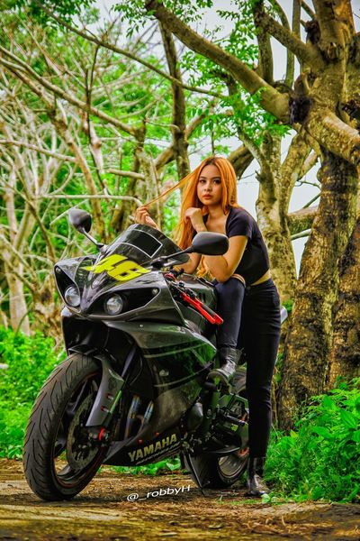 I'll be there for you... One Woman Only One Person Forest Outdoors Nature Yamaha Motorcycle Racing Sportbike SportBikeLife Motorsport Motorcycle Yamaha R1 The Great Outdoors