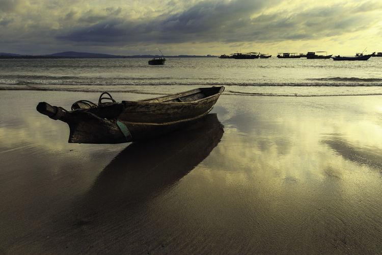 Boat on Ngwe