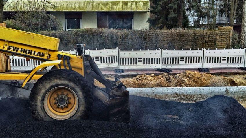 🚜Asphalt macht Spaß😀Grau ist das neue Grün! Baustelle Gucken Baustellenromantik Baustelle Tar Machine Smoke Construction Site Street Working Jopesfotos - Urban