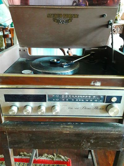 Radio. Music Antique Music Turntable Indoors  Old-fashioned