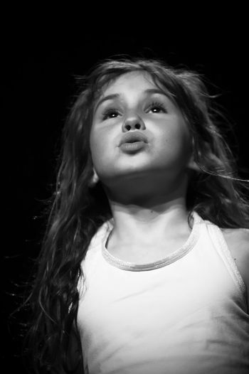 Mals Vlees kids performance 2019 Blackandwhite Black And White Black & White Monochrome Playing Event EyeEm Best Shots EyeEmNewHere Enjoying Life EyeEm Gallery Eye4photography  Performance Event Theater Kids Black Background Portrait Beauty Long Hair Headshot Close-up