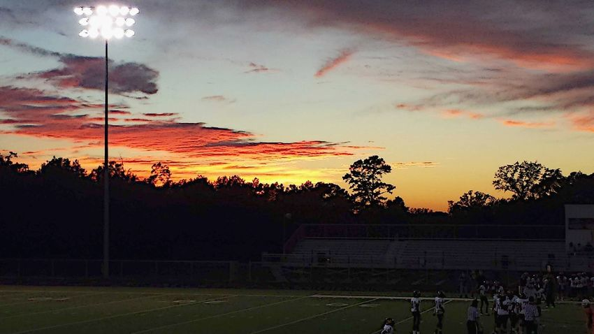 Sunset Sport Tree Cloud - Sky Football Field Friday Night Lights Football Nature Beauty Beauty In Nature Soccer Playing Field Soccer Field Sky Competition No People Baseball - Sport Outdoors Competitive Sport Goal Post Day Summergefühle