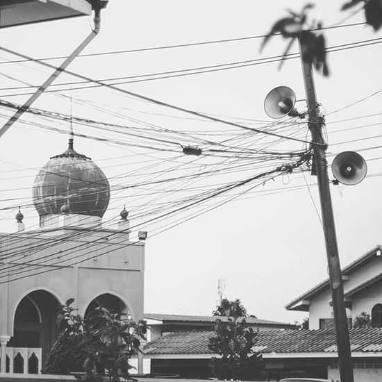 Religion Islam Mosque Bokeh Picture Photo CameraMan Photographer Fujifilm Fujixe1 Fujithailand Xe1 Lens Manuallens Cannon Vintagelens Canonfd50mm Canonfd50mmf1_4 50mm F1_4 50mmlens Thailand Bangkok City Monochrome