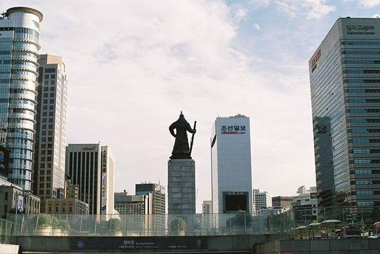 2016.02.22. Leesoonshin 장군님 Gwanghwamun Subway Seoul 35mm Film Filmisalive Minolta Minoltax700 Agfavista400 Nofilter 무보정 필름사진