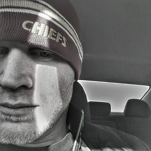 Road trip selfie.... Halfface style...lol Halffaceselfie Selfie Bnw_selfie Gochiefs Ks_pride