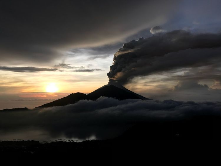 Stunning sunrise over mount Agung, Bali. Volcanic ash eruption. Dramatic Sky Sunset Power In Nature Volcano Bali, Indonesia Agung Erupting Ash Mount Agung Cloud - Sky