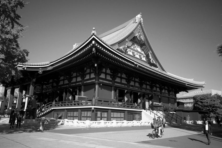Japan Architecture Belief Building Building Exterior Built Structure Day Group Of People Incidental People Nature Outdoors People Place Of Worship Real People Religion Roof Sky Travel Destinations Women