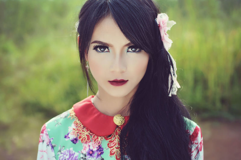Look at me People Portrait Model Fashion ASIA Girl Girls Beauty In Nature Beautiful Beautiful Beautiful Woman Cute Red Lipstick Flower Looking At Camera Headshot Eyebrow Eyeliner Lip Gloss This Is My Skin EyeEmNewHere The Portraitist - 2019 EyeEm Awards