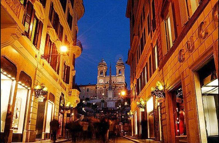 Roma Via Condotti Italia Hollidays Weekend Hello World Love Class My Life Hanging Out
