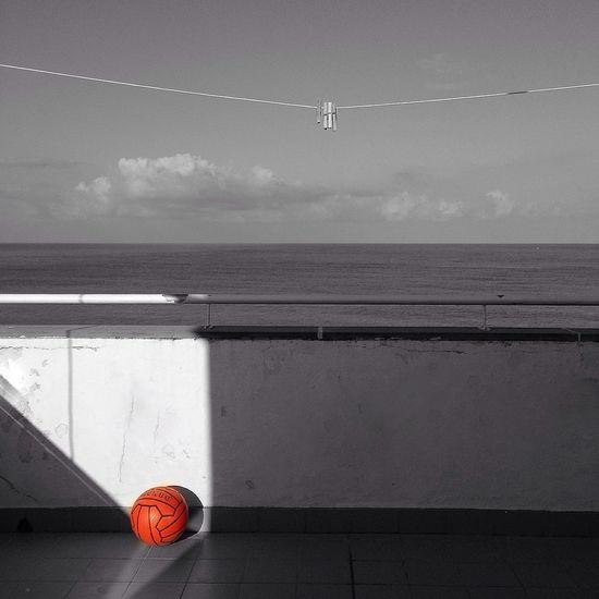 DiariodiBordo EyeEm Best Shots - Black + White Color Splash Sea And Sky