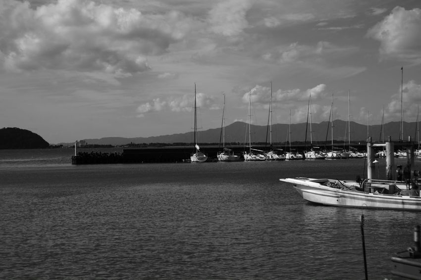 The lakeside story B & W Photography Nature Photography Nature EyeEm Nature Lover Daydreams Japan Voigtlnder Fujifilm X-Pro1 Voightlander Nokton Classic 40mm/F1.4 SC My Photography Japanese  Monochrome Black & White Black And White X-Pro1 Black And White Photography B & W  The Lakeside Story Lakeside Lake Boat Yacht Yacht Harbor Port EyeEm Best Shots - Black + White