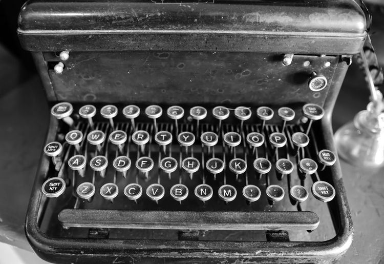 Vintage Typewriter Bradleywarren Photography Bradley Olson Backgrounds Background No People Room For Text Copy Space Copyspace The Way Forward Old Old-fashioned Old Ruin Old Buildings Abandoned Abandoned Places Abandoned Buildings Abandoned & Derelict Vintage Retro Technology Retro Styled Typewriter Number Indoors  Communication Close-up Antique Text Obsolete Letter Metal Focus On Foreground History The Past Table Alphabet Keys Keyboard