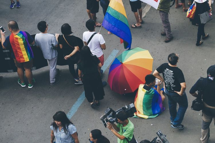 Superhero Sightings 👊😘 The Troublemakers State Of The Nation Address Eyeem Philippines Streetphoto_color Street Photography Rally Protest Parade March Demonstration Real People People Group Of People Crowd Multi Colored Rainbow Umbrella Rainbow Umbrella Flag Rainbow Flag Lgbt