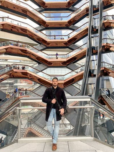 Hudsonyardnewyork Staircase Hudsonyards Hudson Yards Architecture Real People Men Full Length Front View Built Structure Young Men Casual Clothing Males  Standing Leisure Activity Lifestyles People Day Indoors  Young Adult Adult
