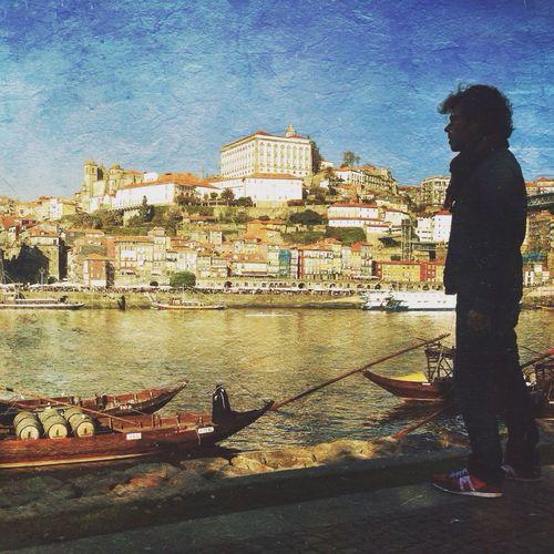 Mirando Porto, 2013. iPhone5. Shootermag AMPt_community Youmobile IPhoneography