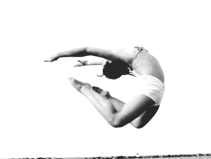 That's Me Black&white Rhythmic Gymnastics Jump ??